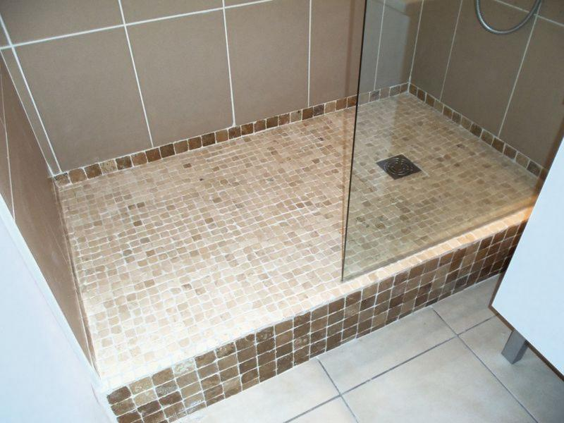 Monter une douche top installer une douche luitalienne drainage ponctuel re tape de travail for Photo douche italienne