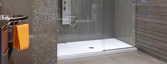 comment remplacer une baignoire par une douche italienne awesome douche salle de bains crer ou. Black Bedroom Furniture Sets. Home Design Ideas