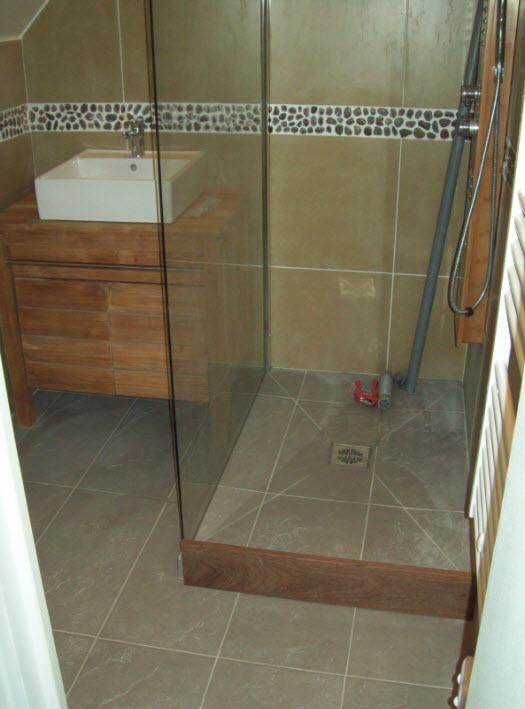 douche avec marche